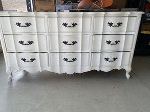 Dresser for Sale in Calimesa, CA