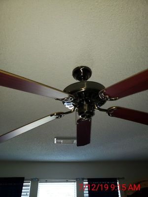 52inch Ceiling Fan without light fixture for Sale in San Antonio, TX