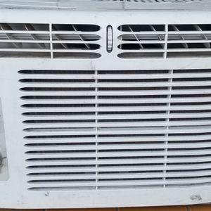 Window 5000 BTU AC UNIT for Sale in Corona, CA