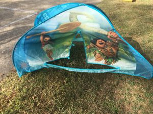 Moana twin bed tent for Sale in Chesapeake, VA
