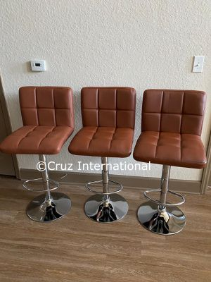 New 3 caramel brown stools for Sale in Orlando, FL