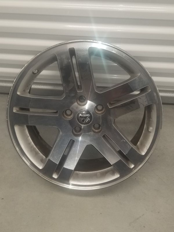 Dodge Charger 18x7.5 factory wheels rims