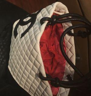 CHANEL WHITE CAMBON LIGNE TOTE BAG for Sale in Phoenix, AZ