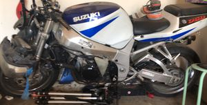 Suzuki 750 motorcycle for Sale in Woodlawn, MD