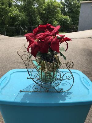 Golden wire plant holder with a Poinsettia plant for Sale in Glenshaw, PA