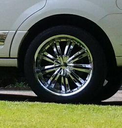 "4 Rims/tires 22"" for Sale in Burien,  WA"