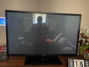Samsung 40 inch tv for Sale in St. Louis, MO