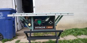Hitachi table saw 10 inch blade.. Make me an offer. for Sale in Columbus, OH