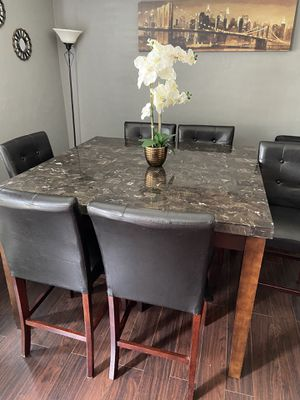 Dining table and chairs for Sale in Richmond, CA