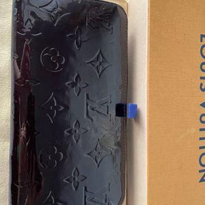Louis Vuitton Vernis .zippy Wallet for Sale in Fullerton, CA