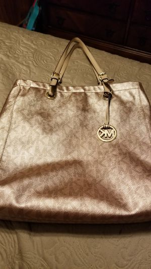 Michael kors large purse for Sale in Oklahoma City, OK