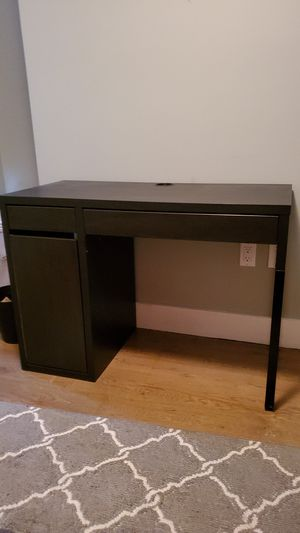 IKEA Desk for Sale in Brooklyn, NY