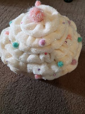 Cupcake Storage/Gift Container for Sale in Brighton, CO