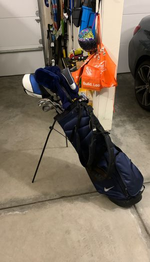 Golf set including bag, Callaway X-12 irons 3-PW, TaylorMade 460 SLDR driver, multiple wedges, 3 and 5 wood, 2 hybrids for Sale in Sammamish, WA