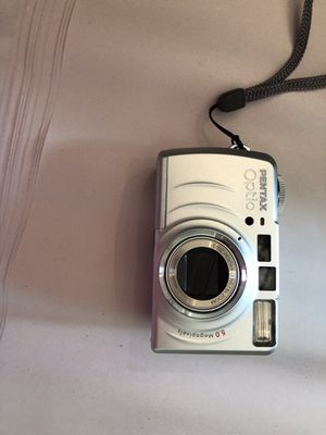 Old cameras, Canon EOS 630, and bags for Sale in Saint Petersburg, FL