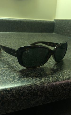 RAY-BAN JACKIE OHH!! 80$ great Christmas gift for her! for Sale in Nashville, TN