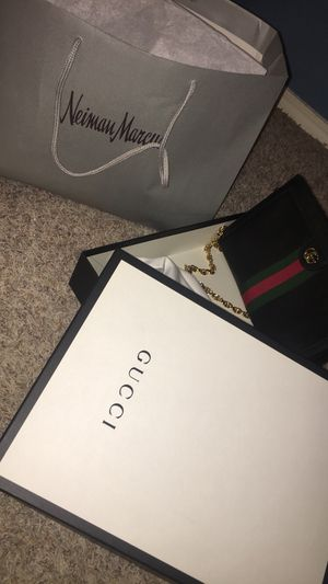 Gucci bag/ crossover for Sale in Dallas, TX