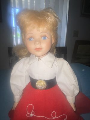 Antique Collector Dolls- One Owner 30 plus years for Sale in Pomona, CA