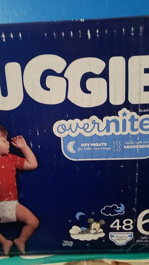 Diapers huggies overnight for Sale in Phoenix, AZ