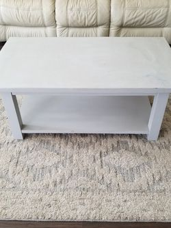 Wood Living Room Table for Sale in Ontario,  CA