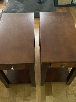 2 Solid Wood End Tables for Sale in Newcastle,  WA