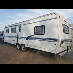 1993 Cobra Corsica 30' Trailer for Sale in Galt, CA