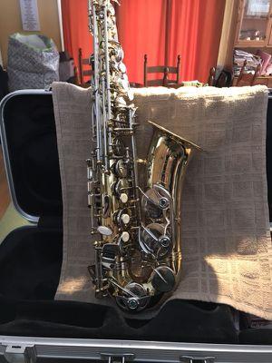 Selmer Alto Saxophone AS600 for Sale in Havre de Grace, MD