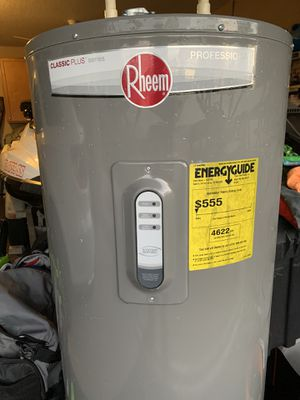 Rheem water heater for Sale in Spring Hill, FL