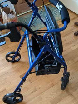 Used Like New Hugo Elite Walker for Sale in Newcastle,  WA
