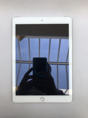 32 GB IPad 5 Verizon Unlock for Sale in Annapolis, MD