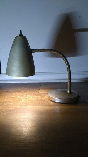 Vintage brass mid century table desk lamp light for Sale in McKeesport, PA