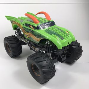 New Bright Rc Car Monster Truck Only Monster Jam Dragon For Parts Only Untested for Sale in Sioux Falls, SD