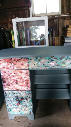 Desk for Sale in North Manchester, IN