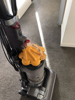 Dyson DC33 for Sale in Seattle, WA