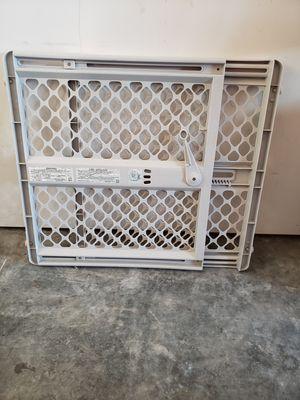 {FREE} Baby Gate for Sale in Oak Harbor, WA