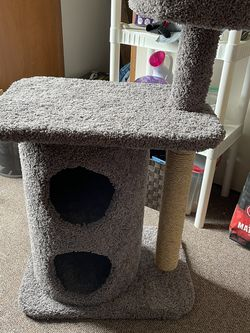 Brand New Cat Tree for Sale in Fairmont,  WV