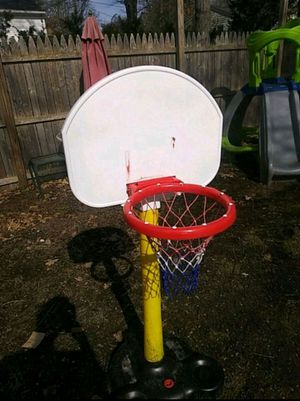 Basketball hoop for Sale in Brockton, MA