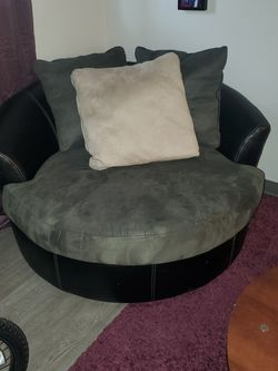 Living Room Set - One Round Chair With Matching Couch for Sale in Denver,  CO