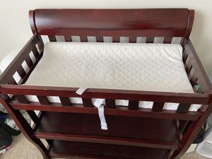 Changing table with pad for Sale in Silver Spring, MD