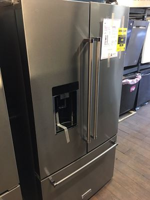 New Kitchen Aid Bottom Freezer Fridge for Sale in Los Angeles, CA