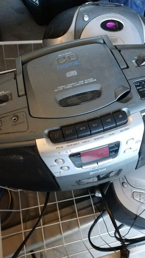 CD player for Sale in Riverview, FL