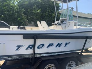 19ft Trophy Center Console Fishing Boat for Sale in E RNCHO DMNGZ, CA