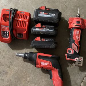 milwaukee drywall screwgun for Sale in Lincoln, NE