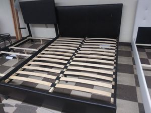 $250 queen bed frame brand new free delivery same day for Sale in Miramar, FL