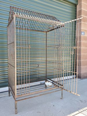 LARGE BIRD CAGE for Sale in Commerce City, CO