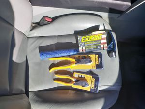 Hammer,pliers,and cutters all for 35 $ for Sale in Concord, CA