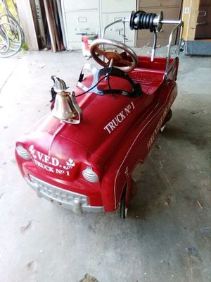 Vintage fire truck pedal car for Sale in Lakeside, CA