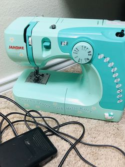 Sewing Machine for Sale in Round Rock,  TX