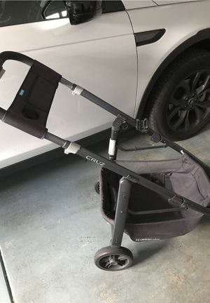 2016 UPPABABY CRUZ STROLLER AND BASSINET doesn't fit frame -COLOR JAKE for Sale in Redmond, WA