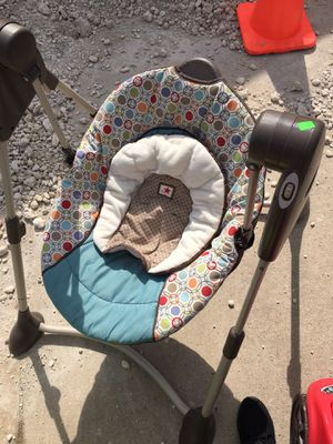 Baby swing for Sale in Fort Worth, TX